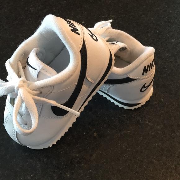 c5d0b216df4 ... Nike 3C Baby Shoes. M 5c462a9f1b329448a25dd834